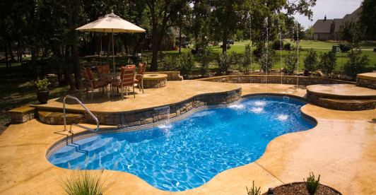 Fiberglass Vs Vinyl Liner Pools Which Is Better Patio