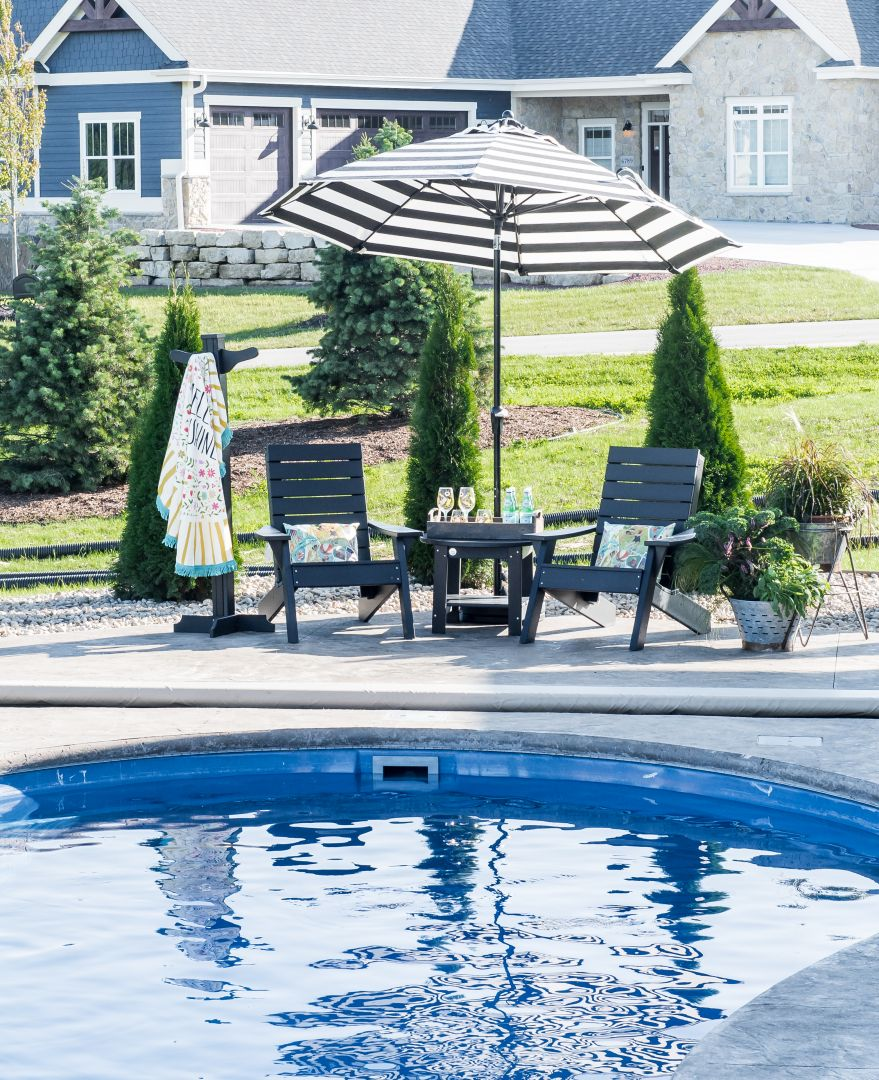 Patio Pleasures Pools Spas West Main Street Sun Prairie Wi: Inspiration 35' Fiberglass Pool